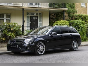2010 Mercedes-Benz C63 AMG Estate For Sale (picture 1 of 39)