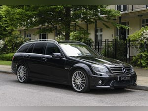 2010 Mercedes-Benz C63 AMG Estate For Sale (picture 2 of 39)