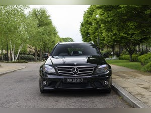2010 Mercedes-Benz C63 AMG Estate For Sale (picture 5 of 39)