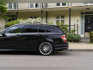 2010 Mercedes-Benz C63 AMG Estate For Sale (picture 15 of 39)