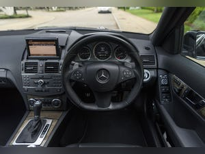 2010 Mercedes-Benz C63 AMG Estate For Sale (picture 19 of 39)