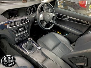 Mercedes C220 CDi SALOON ~ LOW MILEAGE ~ 1 Prev Owner ~ 2014 For Sale (picture 4 of 7)