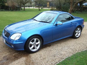 2001 Mercedes SLK320 Convertible, Lazulite Blue For Sale (picture 2 of 12)
