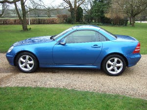 2001 Mercedes SLK320 Convertible, Lazulite Blue For Sale (picture 4 of 12)
