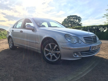 Picture of 2005 Mercedes Benz C Class CLK 220 CDI. Silver, service history. For Sale