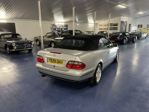 1999 Mercedes CLK 320 Elegance Cabriolet 50,000 Miles from New For Sale (picture 5 of 8)