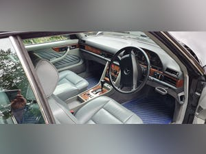 1989 Mercedes 420 SEC  in Excellent Condition For Sale (picture 9 of 12)