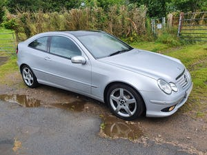 2006 W203 C220 Cdi Evolution S Panoramic Auto/Tiptronic For Sale (picture 1 of 12)