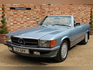 1986 Mercedes 300sl low owners and low mileage For Sale (picture 1 of 12)