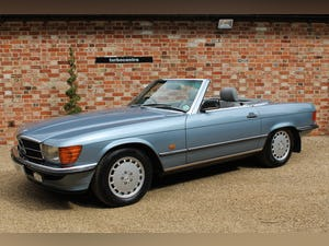 1986 Mercedes 300sl low owners and low mileage For Sale (picture 2 of 12)