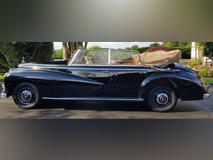 1953 MERCEDES BENZ 300 CABRIOLET 'ADENAUER' (RARE RHD EXAMPLE) For Sale (picture 4 of 12)