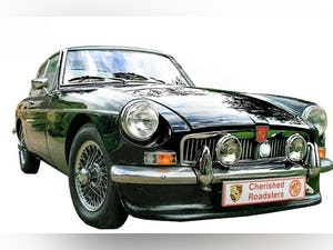 Stunning Historic MGB GT - Classic MGB Gift Vouchers For Sale (picture 1 of 6)