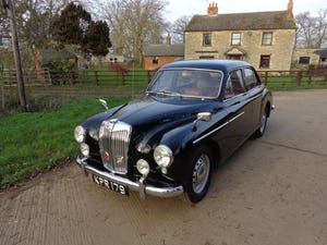 1957 A FULLY REBUILT, LOW MILEAGE, MG MAGNETTE ZB WITH FEW OWNERS For Sale (picture 1 of 6)