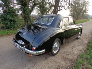 1957 A FULLY REBUILT, LOW MILEAGE, MG MAGNETTE ZB WITH FEW OWNERS For Sale (picture 2 of 6)
