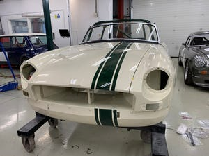 1964 MGB Roadster built to FIA spec  For Sale (picture 6 of 6)