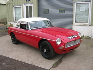 Picture of 1963 MGB ROADSTER EARLY PULL HANDLE & 9TH OLDEST KNOWN MGB. SOLD