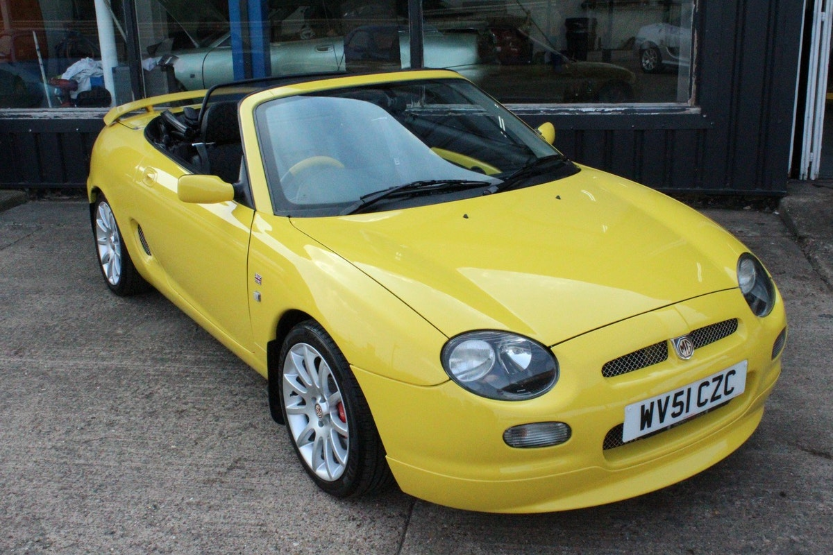 2001 MGF TROPHY 160,1 OF 10 IN STOCK,NEW HEADGASKET For Sale (picture 1 of 5)