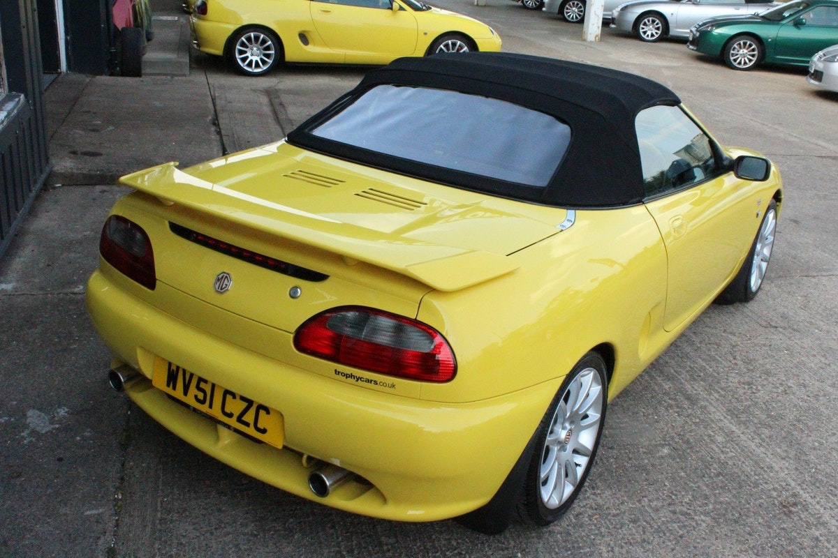2001 MGF TROPHY 160,1 OF 10 IN STOCK,NEW HEADGASKET For Sale (picture 2 of 5)
