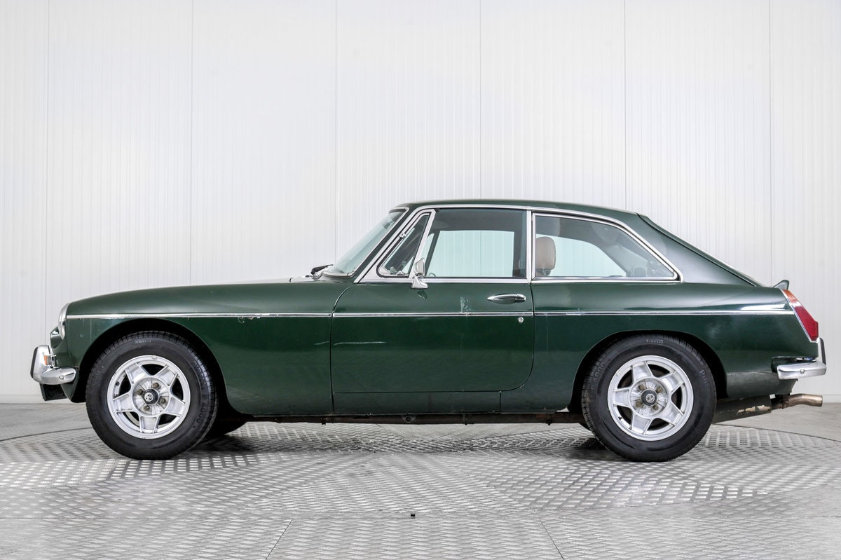 1975 MG B GT V8 For Sale (picture 5 of 6)