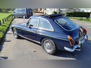 1971 MGBGT Midnight Blue For Sale (picture 2 of 6)