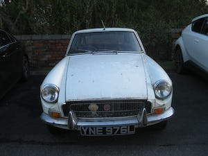 1972 MG BGT For Sale (picture 1 of 8)