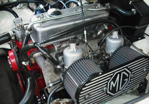 1978 MGB ROADSTER,RESTORED,LEATHER SEATS,ALLOY WHEELS,OVERDRIVE, For Sale (picture 6 of 6)