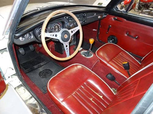 1967 MG MGB GT For Sale (picture 4 of 6)