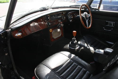 1969 MGB HERITAGE SHELL IN MIDNIGHT BLUE,  SOLD (picture 3 of 5)