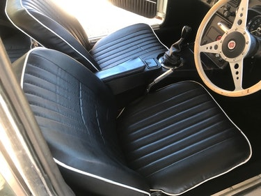 Picture of 1973 MG BGT For Sale