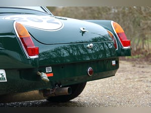 1965 MGB FIA great period race history SOLD (picture 8 of 12)