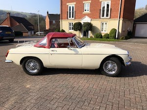 1969 Stunning example of MGB ROADSTER, Heritage Shell, 1800cc SOLD (picture 3 of 12)