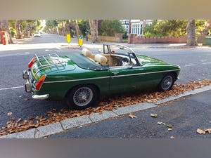 1973 Stunning British Racing Green MGB Roadster For Sale (picture 2 of 12)
