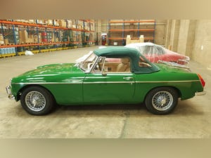 1973 Stunning British Racing Green MGB Roadster For Sale (picture 11 of 12)