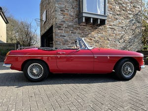 1976 MGB Roadster 2.0 Fast Road For Sale (picture 1 of 12)