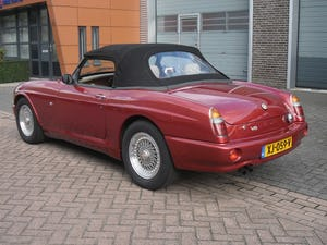 1994 MG RV8 Nightfire Red For Sale (picture 10 of 10)