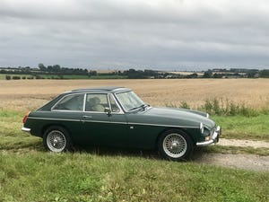 1974 MGB GT V8 rebuild on Heritage shell For Sale (picture 2 of 12)