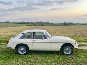 1974 MGB GT V8 rebuild on Heritage shell For Sale (picture 9 of 12)
