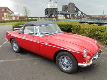 Picture of 1972 MGB Roadster For Sale by Auction