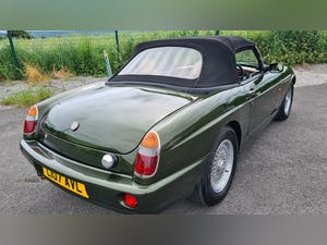 1994 MG RV8 , Show standard condition For Sale (picture 7 of 8)