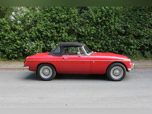 1972 MGB V8 Roadster Automatic - Uprated For Sale (picture 7 of 16)