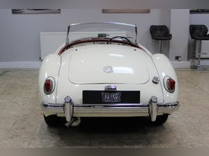 1957 MGA 1500 MK1 Roadster 5 Speed Manual - Fully Restored For Sale (picture 18 of 25)