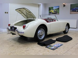 1957 MGA 1500 MK1 Roadster 5 Speed Manual - Fully Restored For Sale (picture 20 of 25)