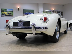 1957 MGA 1500 MK1 Roadster 5 Speed Manual - Fully Restored For Sale (picture 17 of 25)