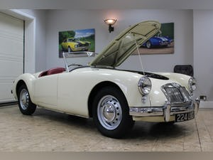 1957 MGA 1500 MK1 Roadster 5 Speed Manual - Fully Restored For Sale (picture 2 of 25)