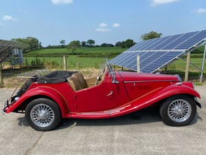 1954 MG TF, restored For Sale (picture 2 of 12)
