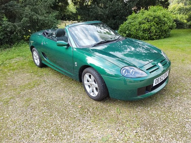Picture of 2002 Stunning Le Mans green with cream & black interior For Sale