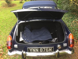 1973 MGB Roadster For Sale (picture 8 of 12)