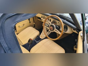 1977 MG Midget 1500, Full detailed Restoration just completed For Sale (picture 4 of 5)