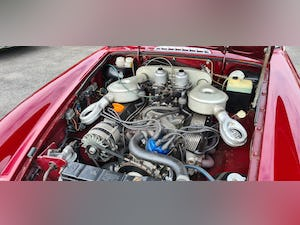 1975 Factory MGB GT V8 in Damask Red, 5 speed For Sale (picture 4 of 5)