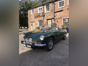 1972 British racing green MGB Roaster For Sale (picture 2 of 10)